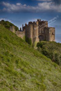 AA011 dover castle entrance web