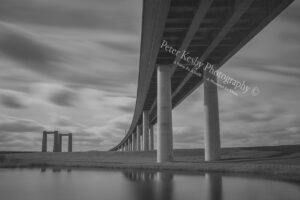 BI005 sheppey bridge mono long exposure web