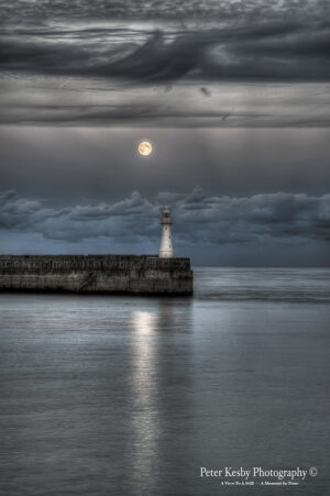 Blue Moon - Breakwater - Harbour